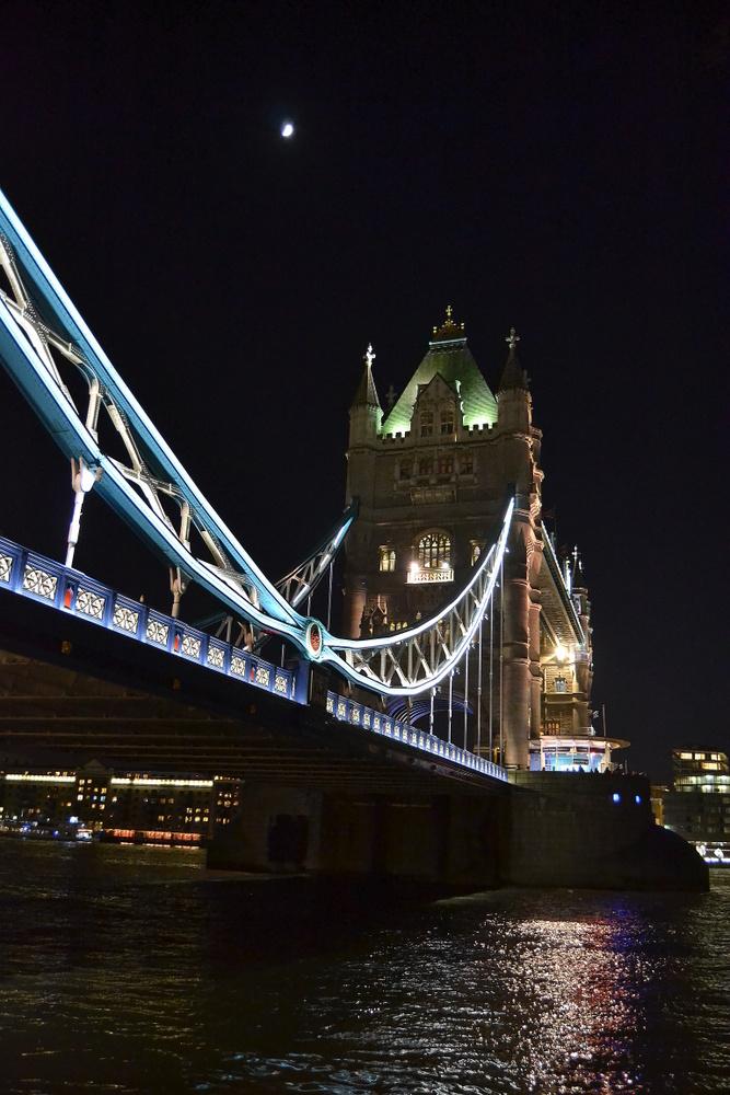 Tower Bridge by night (3)