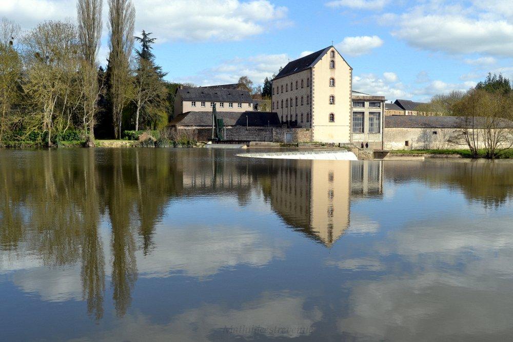 Chemin de halage Abbaye de Port Du Salut