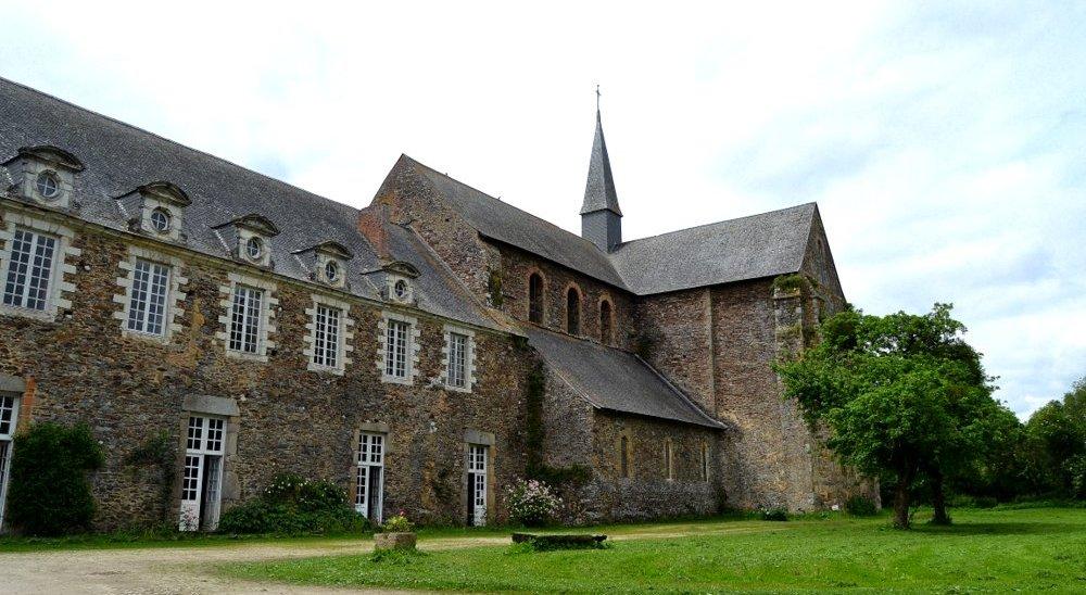 Abbaye de Clairmont en Mayenne